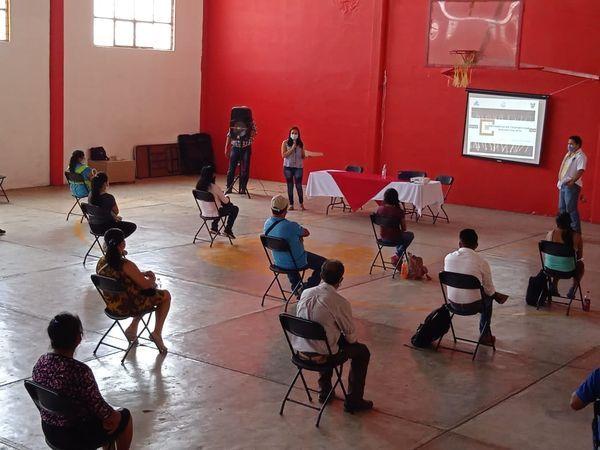 Se capacita a comités de salud contra dengue