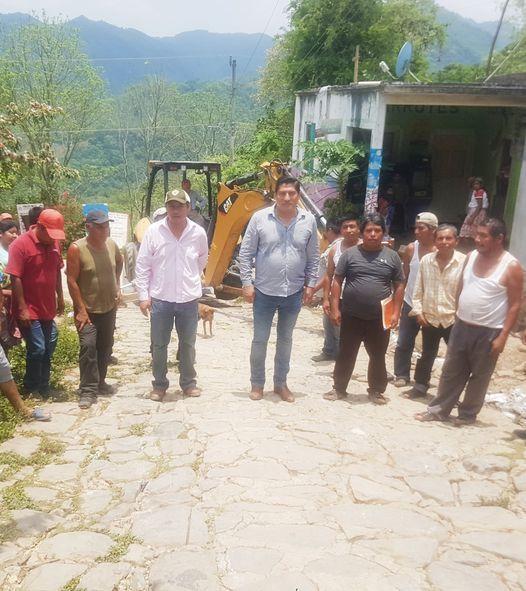 Se realiza construcción de pavimentación hidráulica en Copaltitla