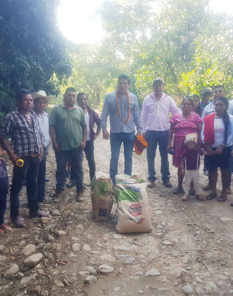 Se realiza construcción de pavimentación hidráulica en Santo Tomas